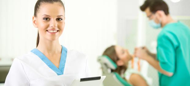 Ein strahlend weißes Lächeln: Die Abrechnung von kosmetischem Bleaching